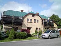 Položení šindele -oprava střechy